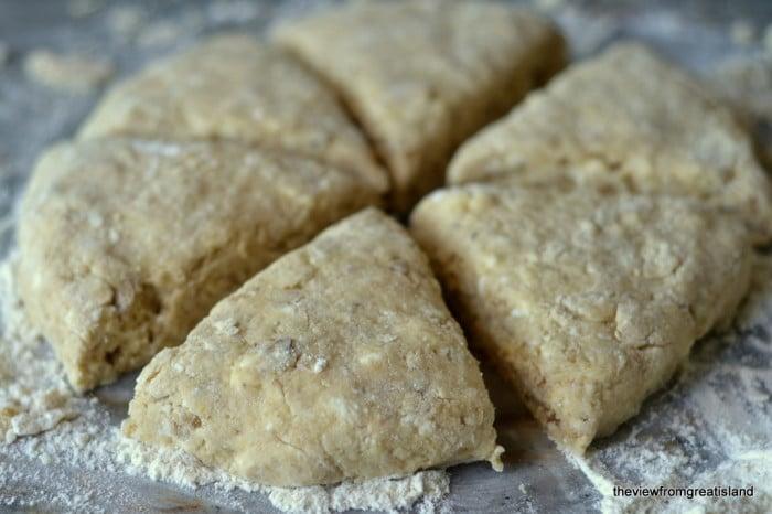 Maple Walnut Scones, Biscuits