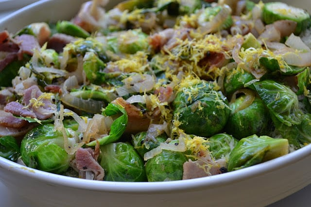 Brussels sprouts in a casserole for Brussels Sprout Gratin