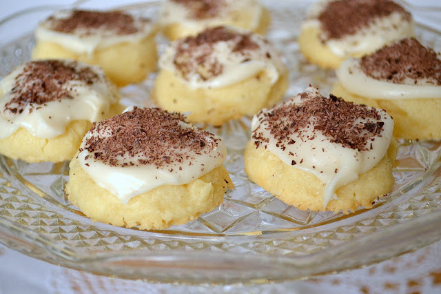 Melting Moments Shortbread Cookies
