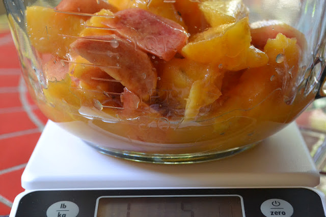 making peach habanero hot pepper jam