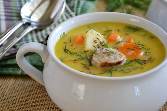 Cheddar and Bratwurst Soup with Pumpkin Ale