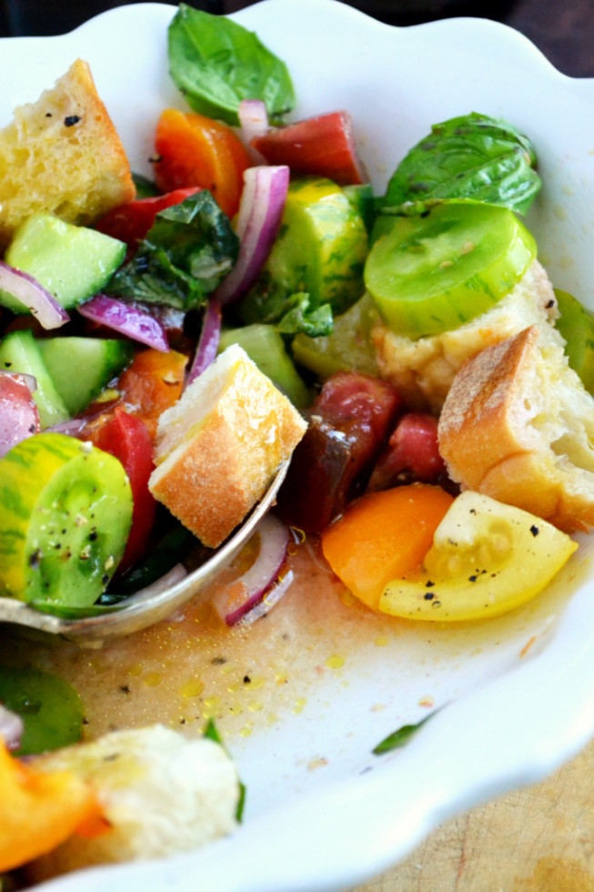 Heirloom Tomato Panzanella Salad 2