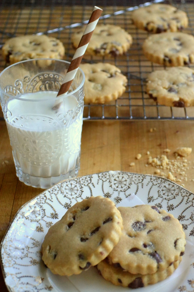 Chocolate Chip Peanut Butter Shortbread Cookies Revisited