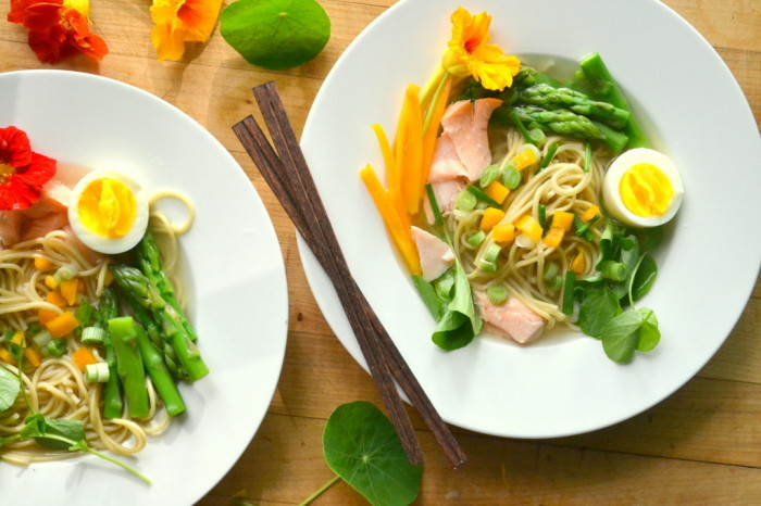 Yellow Miso Ramen with Asparagus and Salmon 3