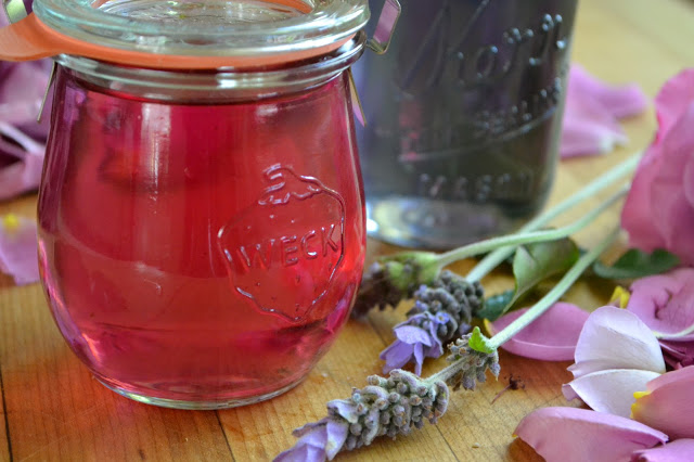 rose simple syrup in a weck jar