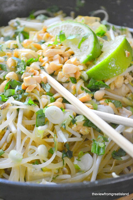 pad Thai noodles with tofu