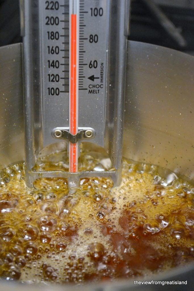 making maple cream