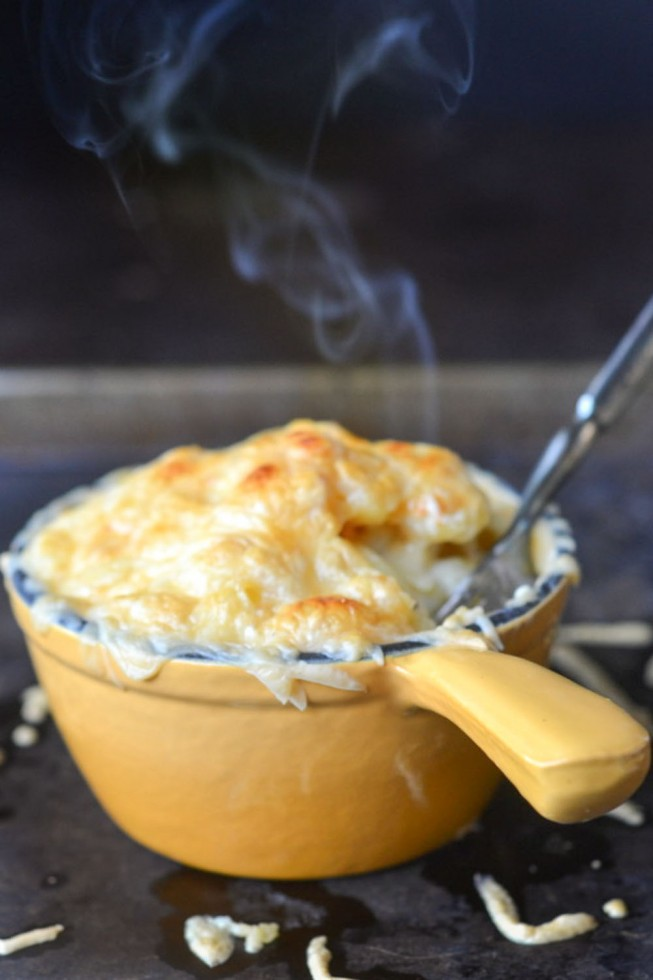 Smokey Gouda Mac And Cheese