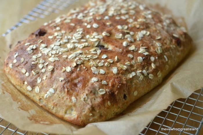 Muesi Toasting Bread uncut