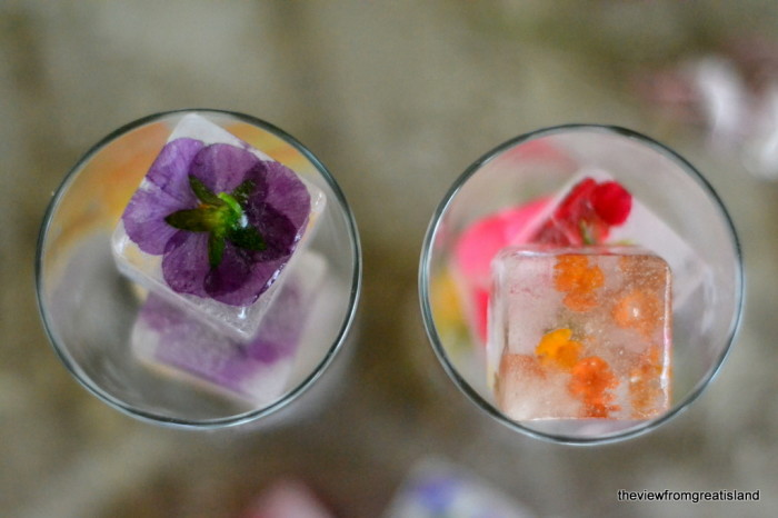 How to make flower ice cubes 11