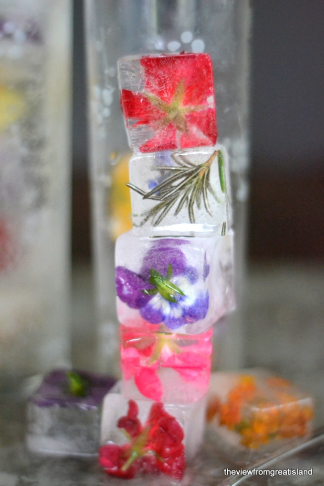 How to make flower ice cubes 13