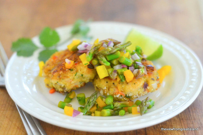 Shrimp Cakes with Asparagus Salsa 4