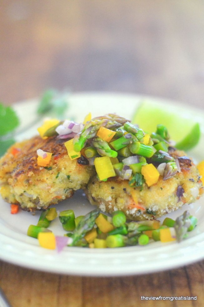 crisp shrimp cakes with asparagus salsa