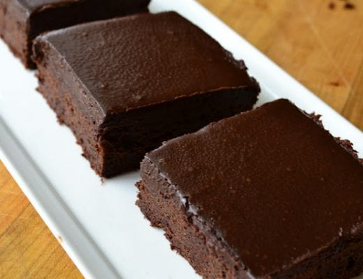 Cold Chocolate Snacking Cake is a remake of Sara Lee's chocolate pound cake and it's irresistable! | theviewfromgreatisland.com
