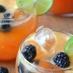 Minimal Monday: Papaya and Lime Agua Fresca