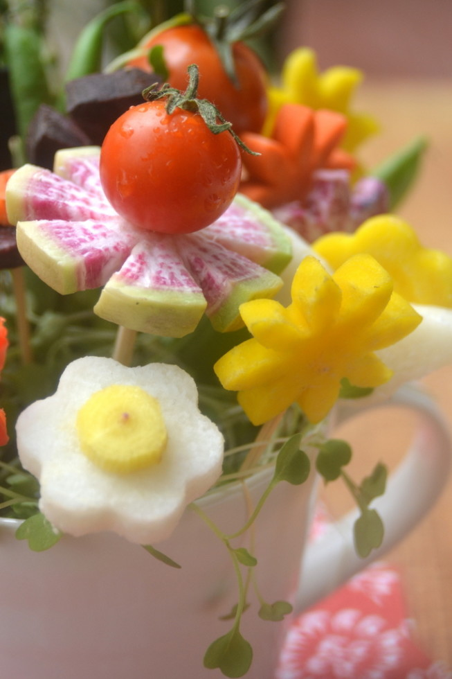 How to Make Veggie Flower Bouquets 8