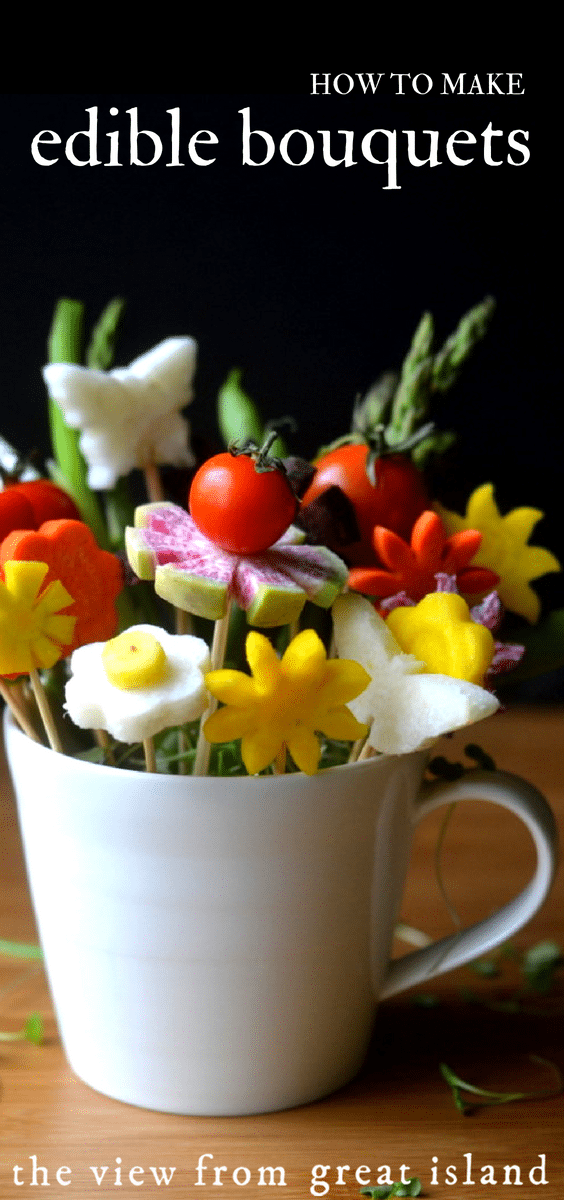 Edible bouquets of veggies disguised as colorful blossoms! #appetizer #salad #vegetables, #healthy #flowers #ediblebouquet #tablescapes #centerpiece #entertaining #dinnerparty