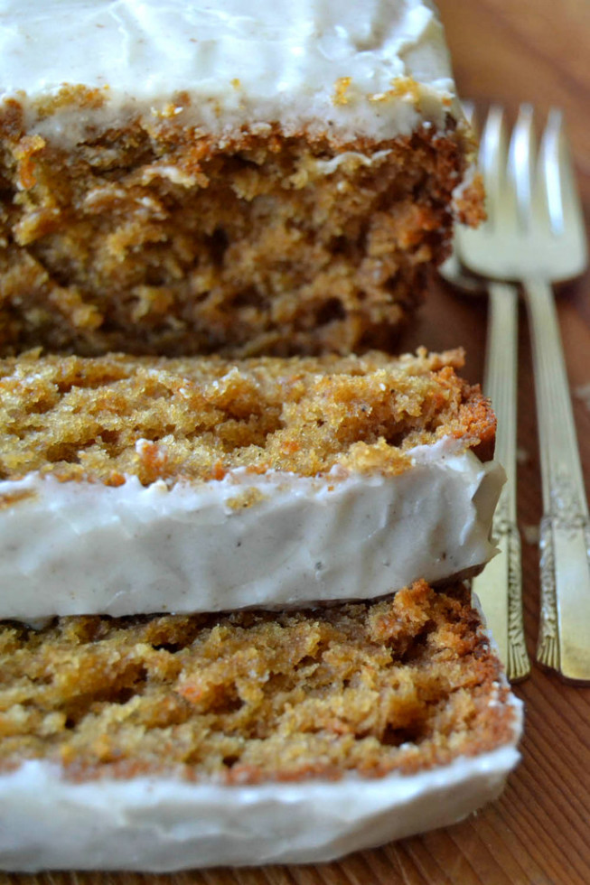 Spiced Apple Cake with Nutmeg Glaze