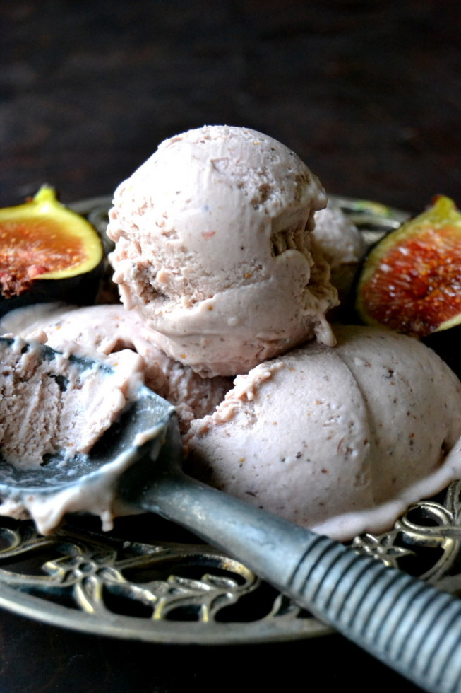 Roasted Fig Gelato in a bowl with vintage scoop