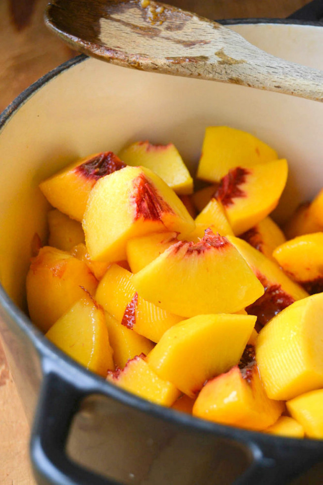 making peach butter with fresh peaches