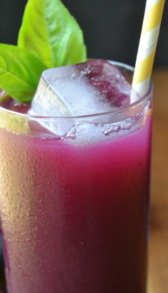 Homemade Grape Soda, sugar free
