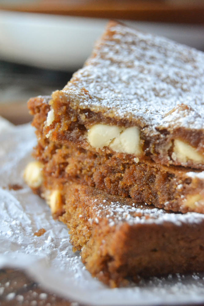 Gingerbread squares with white chocolate chips