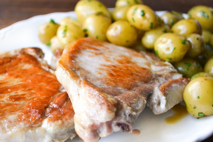 Grilled Pork Chops With Mustard Sauce