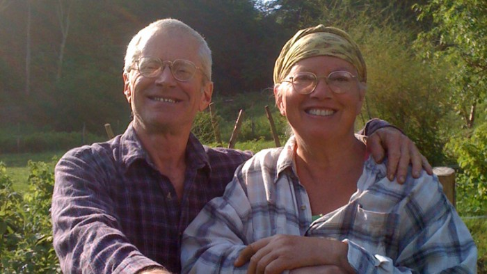 Hal and Wifey Issente