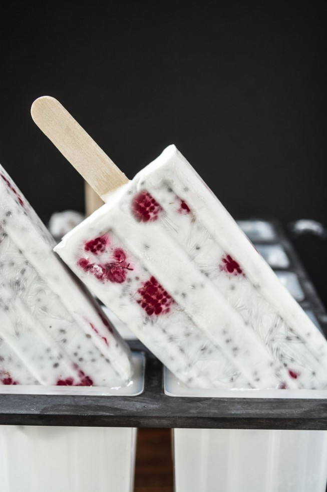 raspberry chia seed pudding popsicles