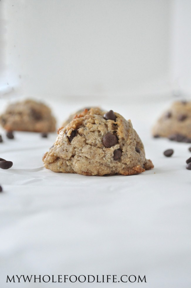 flourless salted caramel chocolate chip cookies