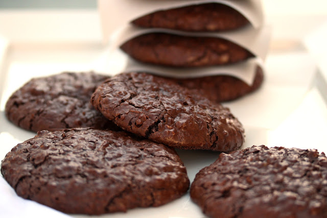 25 Fabulous Flourless Cookies | The View from Great Island