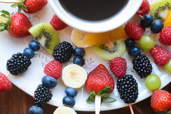 How to Make a Fast and Healthy Fruit Fondue with fresh fruit and a homemade chocolate dipping sauce