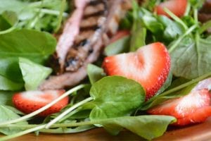 strawberry jalapeno steak salad
