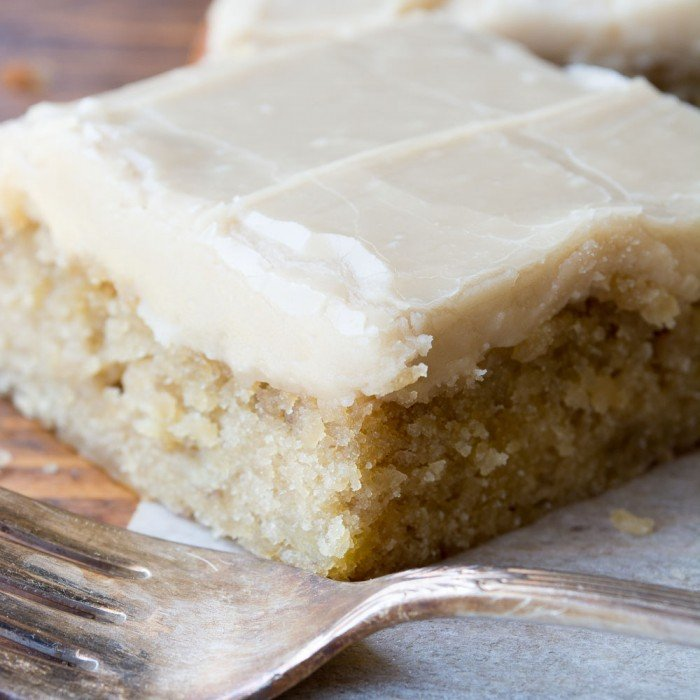 Banana Blondies with Caramel Icing