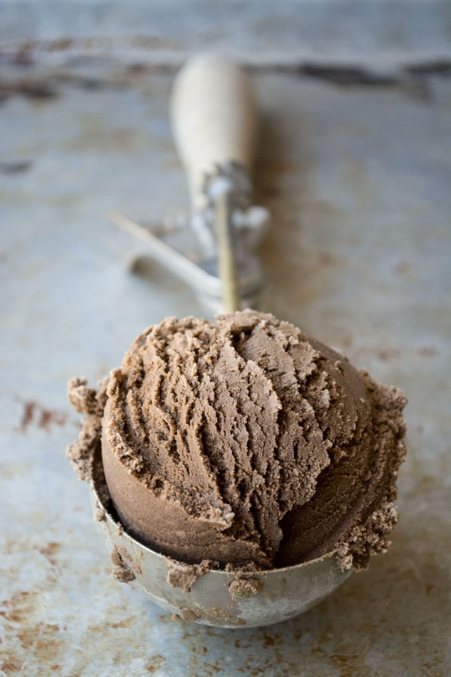 Intense Black Coffee Ice Cream, the way coffee ice cream should be!