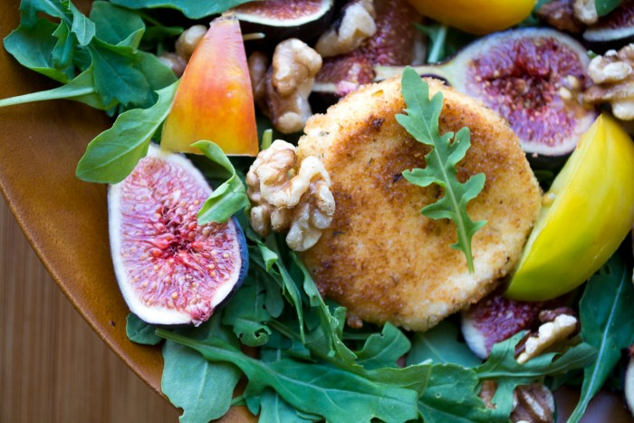 fig and fried goat cheese salad