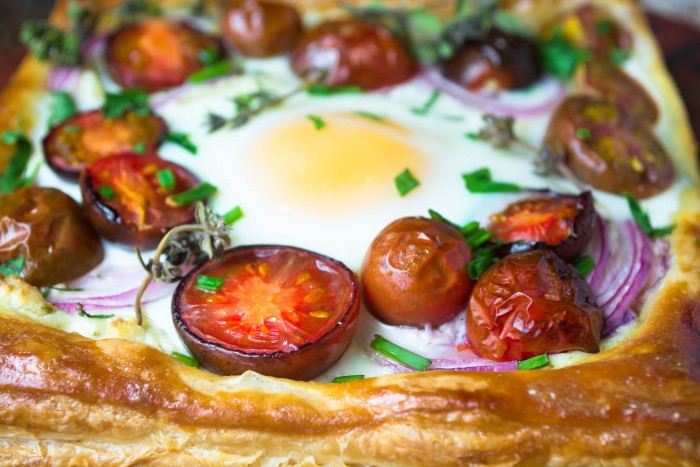 Baked tomatoes and eggs