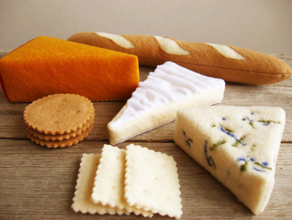 American Artisans: Milkfly Felt Cheese Platter