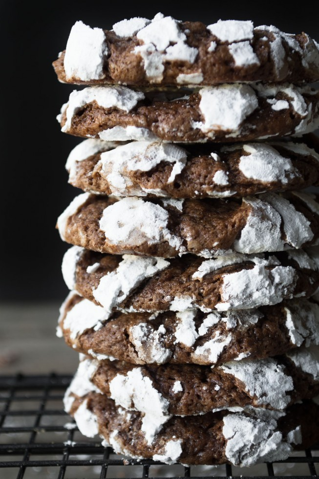 A stack of Chocolate Crinkles cookies --- an easy recipe for brownie'like cookies with distinctive white crackles