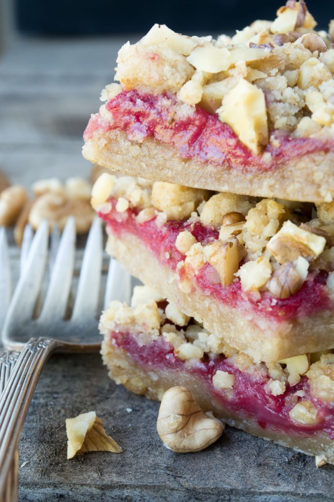 Cranberry Walnut Shortbread Bars and a recipe for homemade cranberry curd