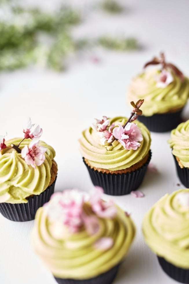 18 Ways to Celebrate the Year of the Monkey - matcha cupcakes