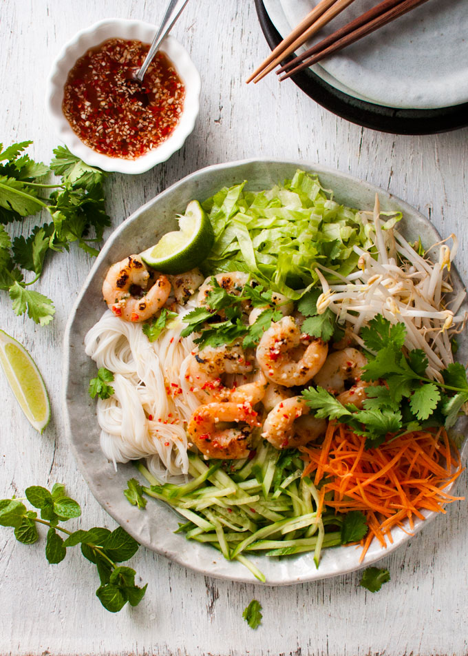 18 Ways to Celebrate the Year of the Monkey - vietnamese shrimp (prawn) noodle salad