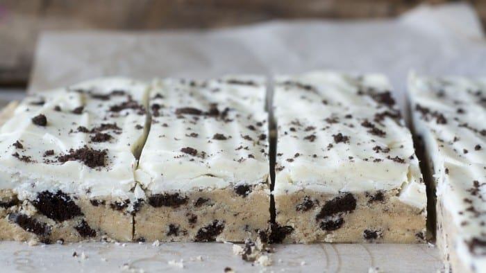 Cookies and Cream Cookie Dough Bars