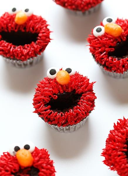 Elmo Cupcake | I am Baker