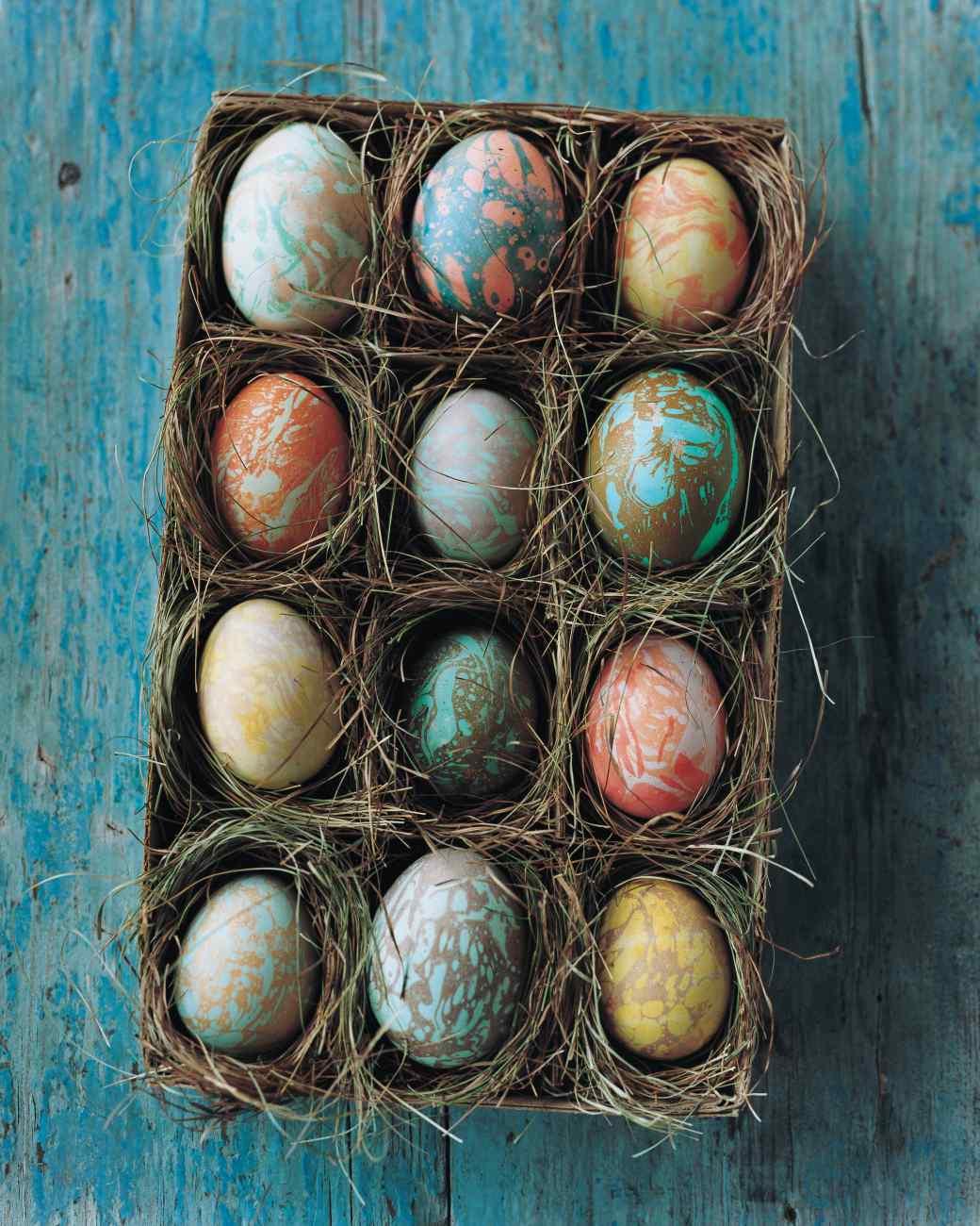 Marbleized Easter Eggs | Martha Stewart