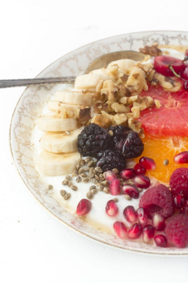 How to Make an Instagram Worthy Breakfast Bowl for every day of the week!