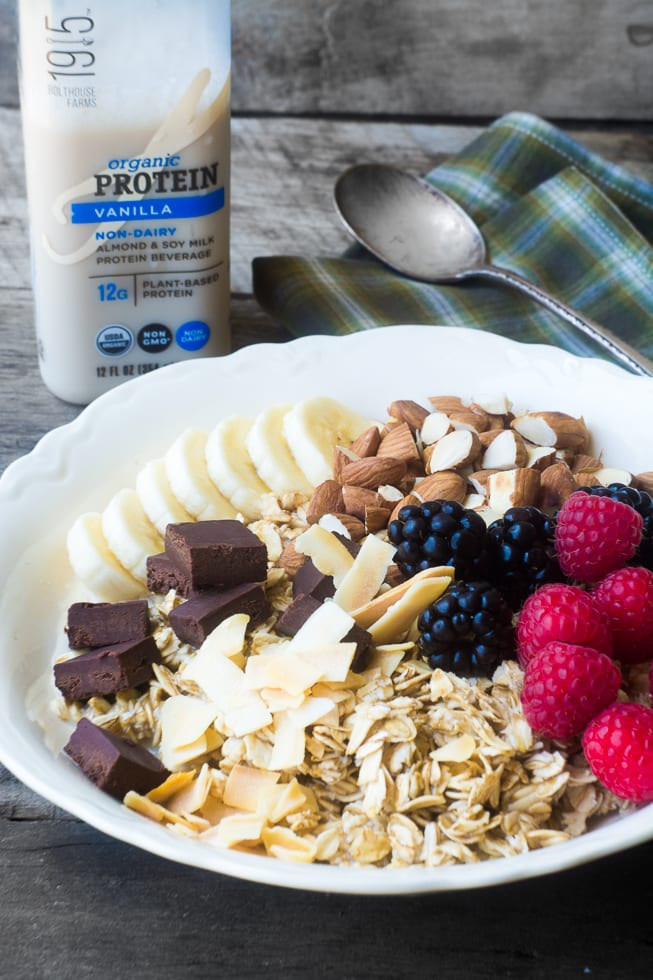 Protein rich Vegan Breakfast Bowls | theviewfromgreatisland.com