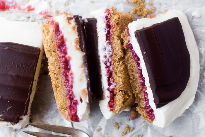 No Bake Raspberry Cheesecake Bars with a dark chocolate topping | theviewfromgreatisland.com