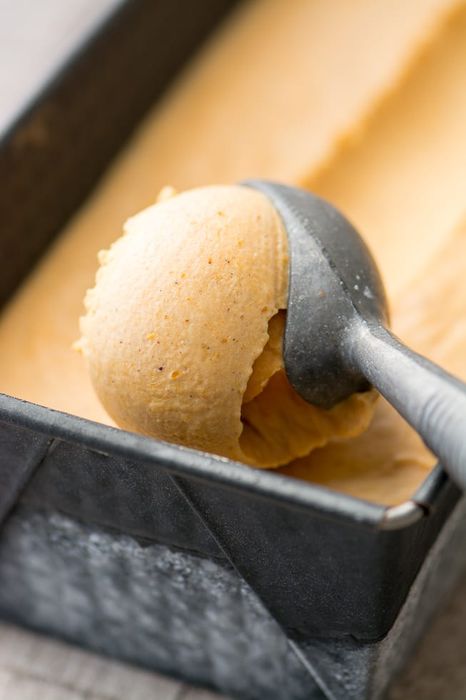 No Churn Pumpkin Pie Ice Cream tastes just like your favorite Holiday pie, and you don't need any special equipment to make it! ~ theviewfromgreatisland.com