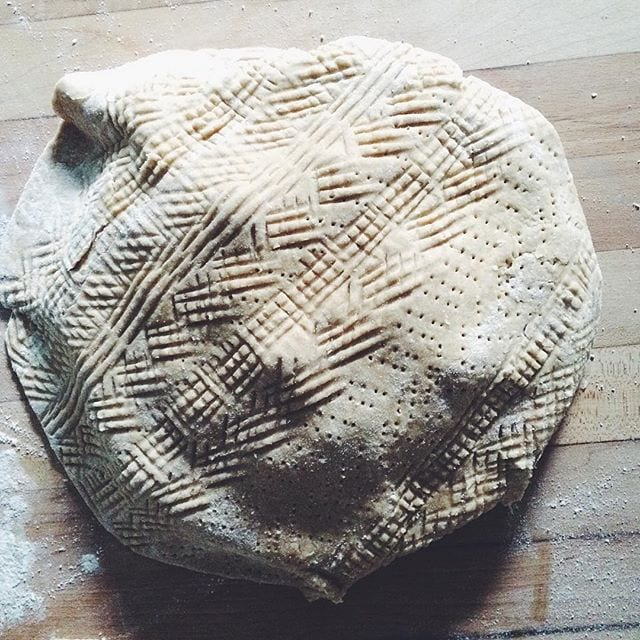 Textured Pie Crust from @bakerhands